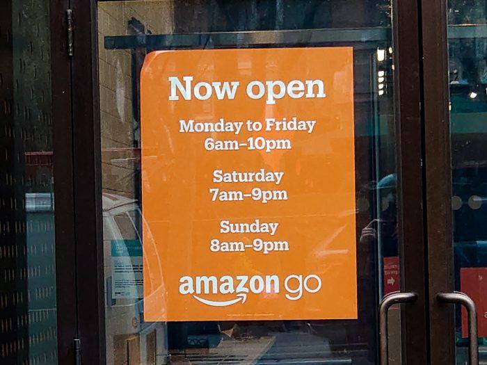 Amazon Go 営業時間