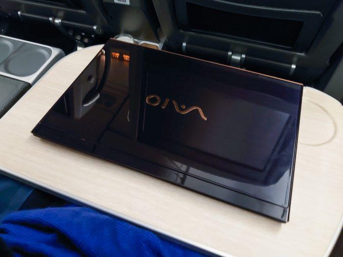 机の上にPCを置いてみた